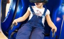 аппарат в шлеме Oculus Rift