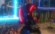 Синий с красной подсветкой VR аттракцион в Электростали