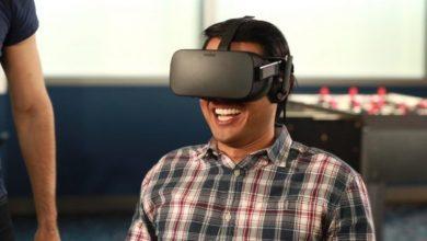 VR очки на человеке